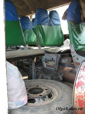 Наш автобус с озера Инле в Мандалай