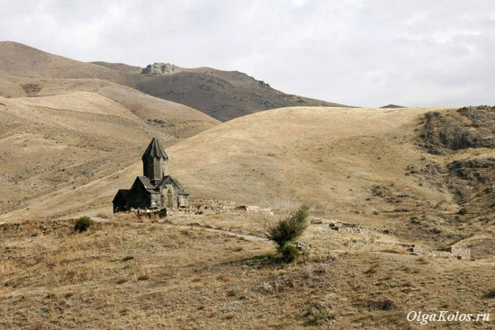Церковь Танаат