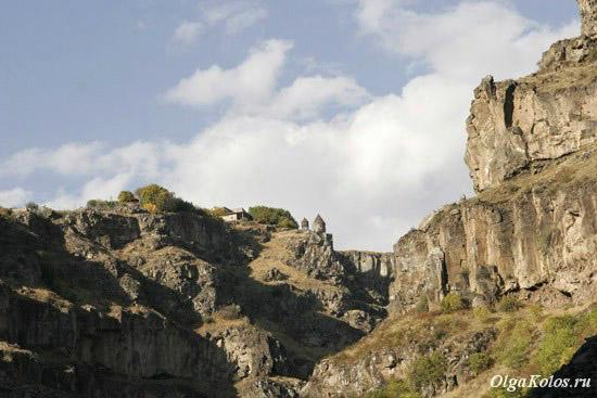 Каньон Касах и монастырь Сагмосаванк