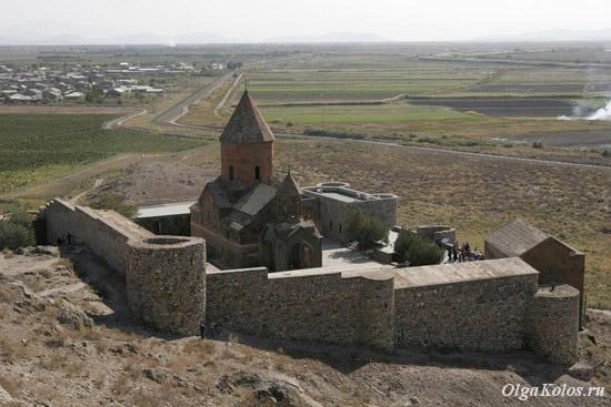 Монастырь Хор Вирап и турецкая граница