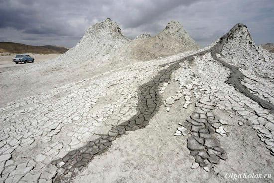 Грязевые вулканы в Гобустане
