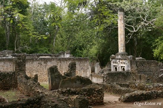 Руины в Геде